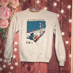 Vintage North Carolina Hornets Small Crewneck